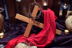 cross and lent